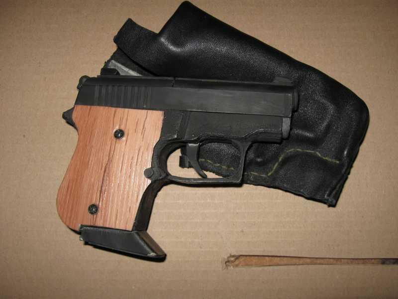11)Бумажный пистолет