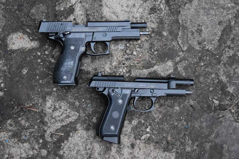6)Beretta vs Sig Sauer