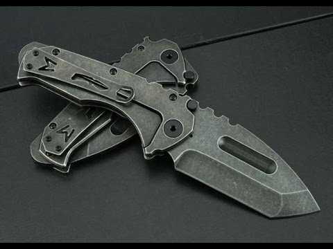2) Топорик, ломик и складной ножик – три в одном.