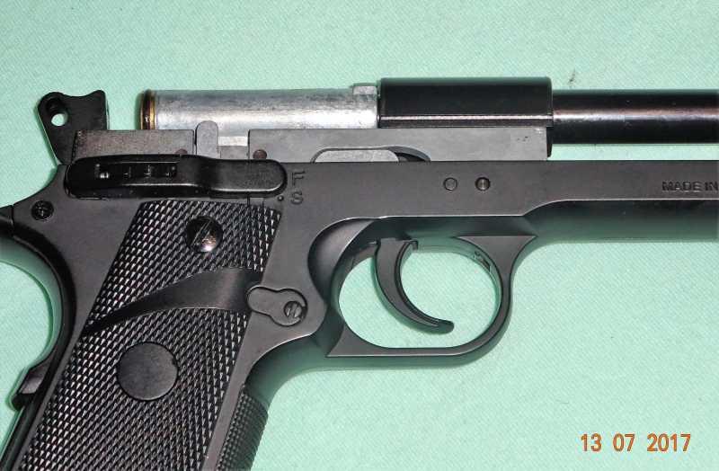 8)Пистолет STALKER S1911RD