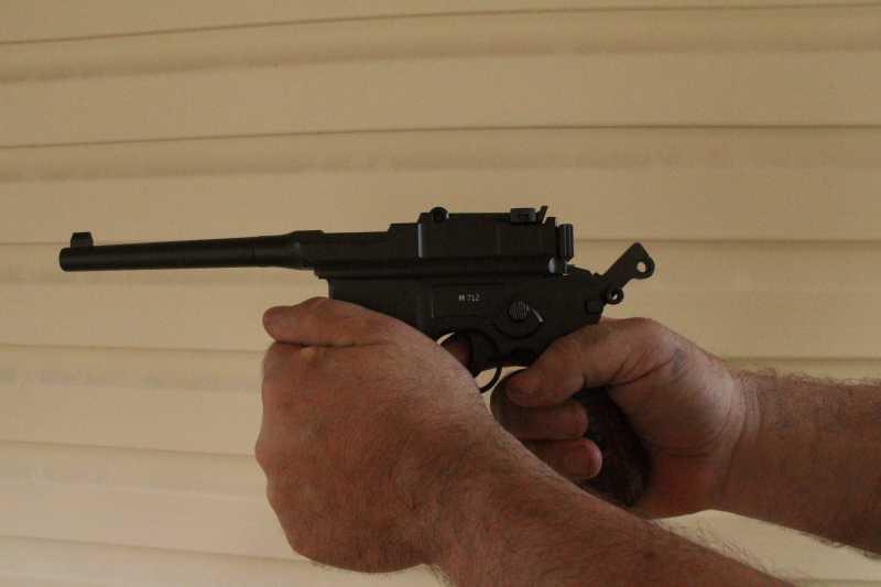 3)Маузер М 712 от Gletcher: первые впечатления от стрельбы и своеобразие модели.