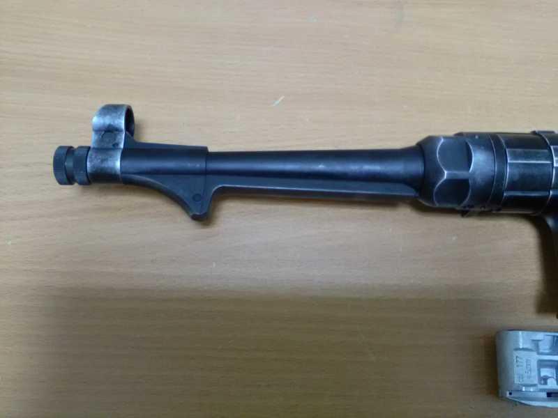 17)Немецкое чудо пневмо версия МР-40.