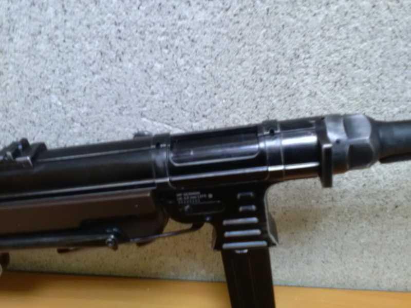 20)Немецкое чудо пневмо версия МР-40.