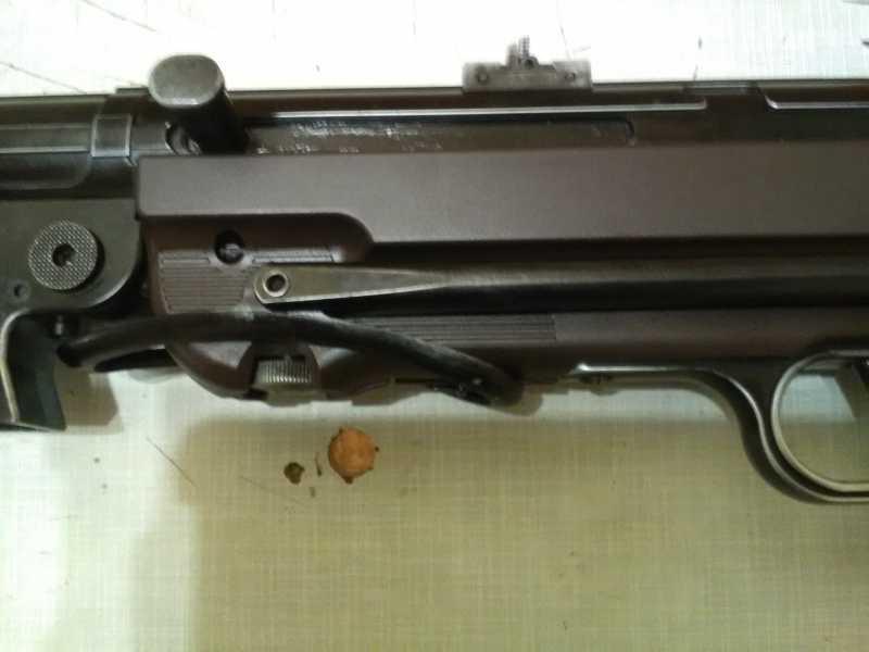 42)Немецкое чудо пневмо версия МР-40.