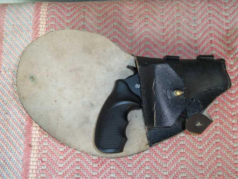 11)Самостоятельное изготовление кобуры из кожи.