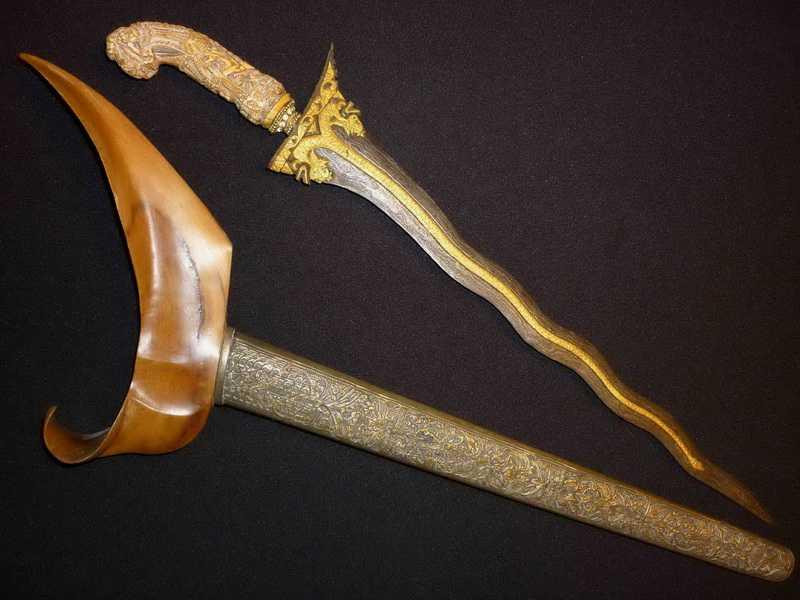 23)Джамбия-традиционный Йеменский нож