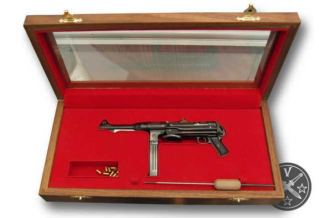 2)Картинки с выставки «Arms & Hunting» - оружейные миниатюры