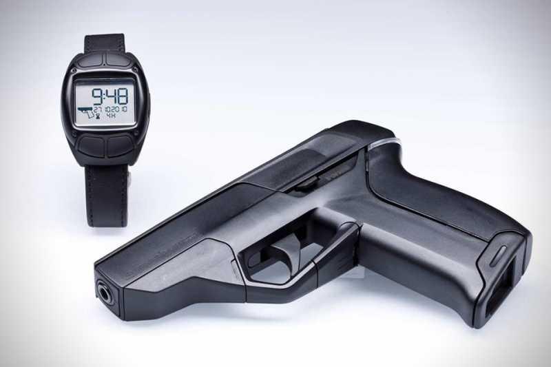 1)Armatix iP1 - умный пистолет