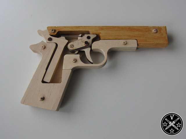 7)Деревянный арсенал – Кольт 1911