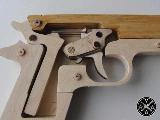 8)Деревянный арсенал – Кольт 1911