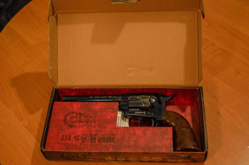 3)Обзор и впечатления о Umarex Colt Single Action Army (Миротворец, Фронтир, Шестизарядник)