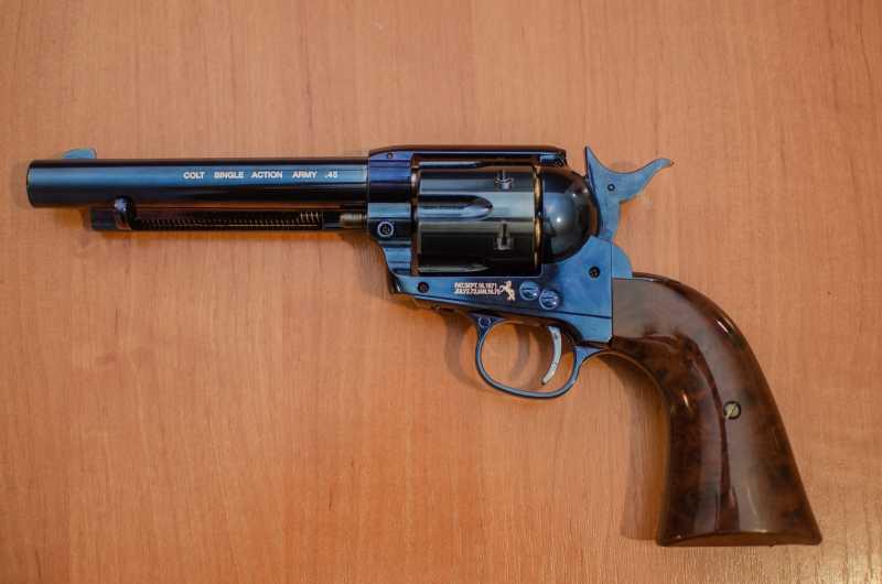 7)Обзор и впечатления о Umarex Colt Single Action Army (Миротворец, Фронтир, Шестизарядник)
