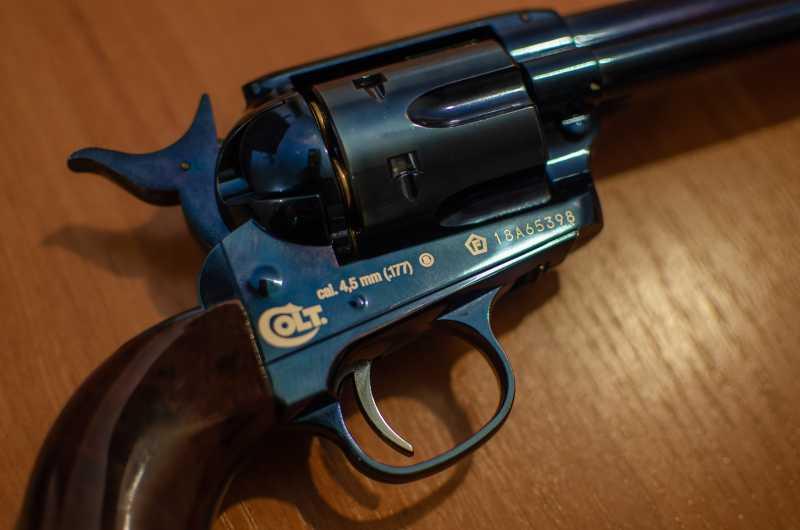 10)Обзор и впечатления о Umarex Colt Single Action Army (Миротворец, Фронтир, Шестизарядник)