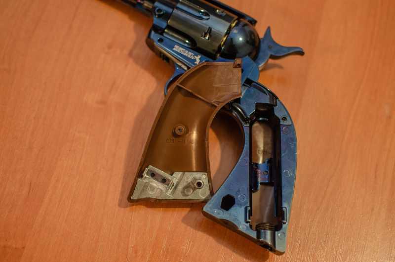 13)Обзор и впечатления о Umarex Colt Single Action Army (Миротворец, Фронтир, Шестизарядник)
