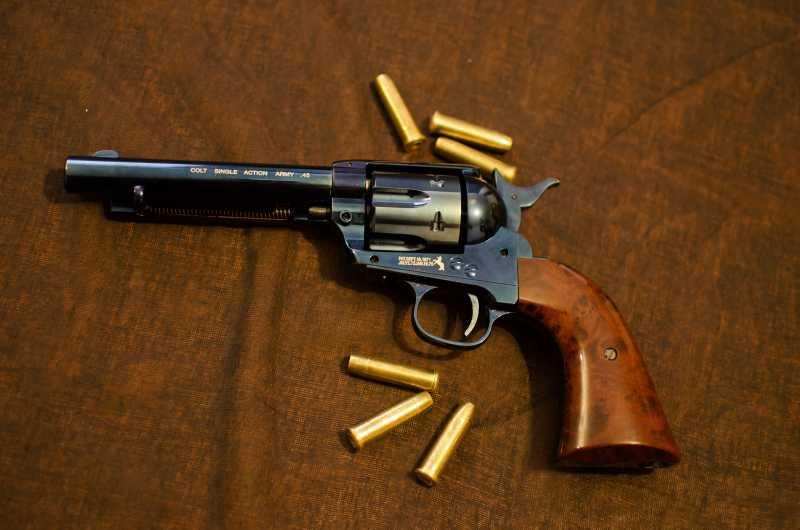 35)Обзор и впечатления о Umarex Colt Single Action Army (Миротворец, Фронтир, Шестизарядник)
