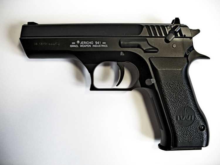 12)Пневматический пистолет Cybergun Jericho 941: Взгляд и первое знакомство.