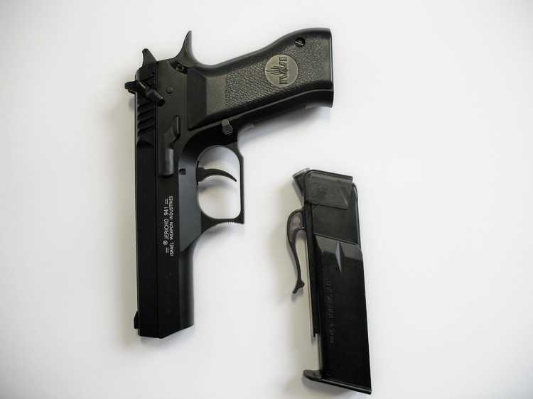 15)Пневматический пистолет Cybergun Jericho 941: Взгляд и первое знакомство.