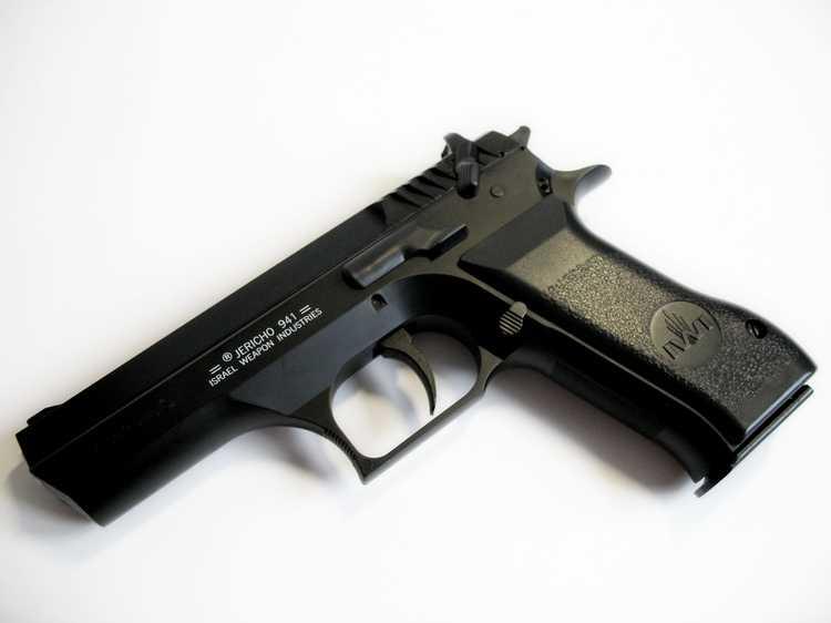 17)Пневматический пистолет Cybergun Jericho 941: Взгляд и первое знакомство.