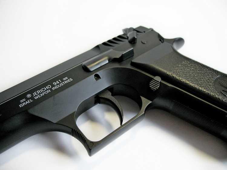 18)Пневматический пистолет Cybergun Jericho 941: Взгляд и первое знакомство.