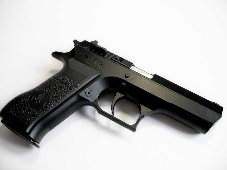 22)Пневматический пистолет Cybergun Jericho 941: Взгляд и первое знакомство.