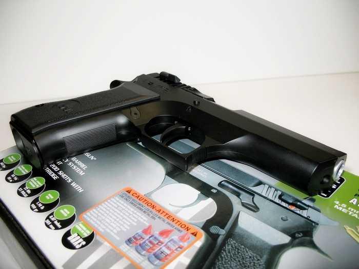 5)Пневматический пистолет Cybergun Jericho 941: Взгляд и первое знакомство.