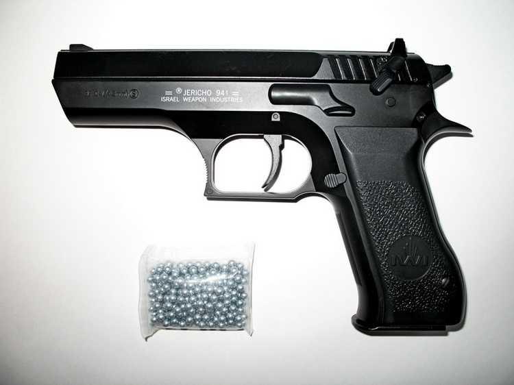 9)Пневматический пистолет Cybergun Jericho 941: Взгляд и первое знакомство.