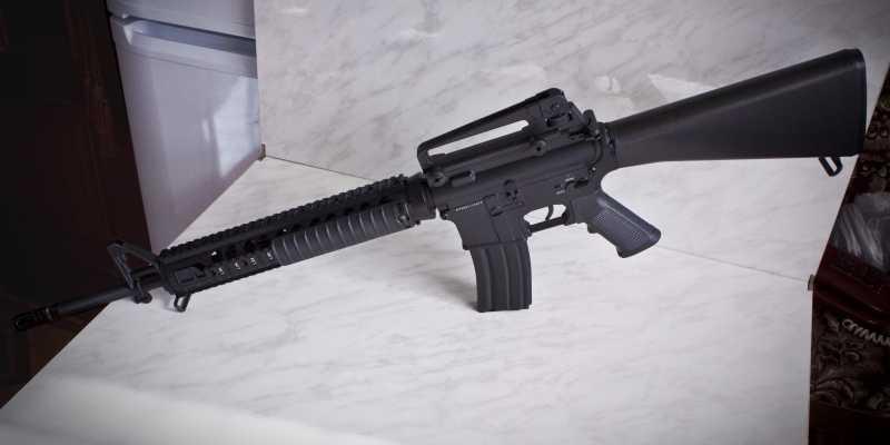 2)D-Boys - M16А4 R.I.S. (0041-369-5581M)