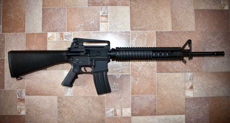 1)D-Boys - M16А4 R.I.S. (0041-369-5581M)