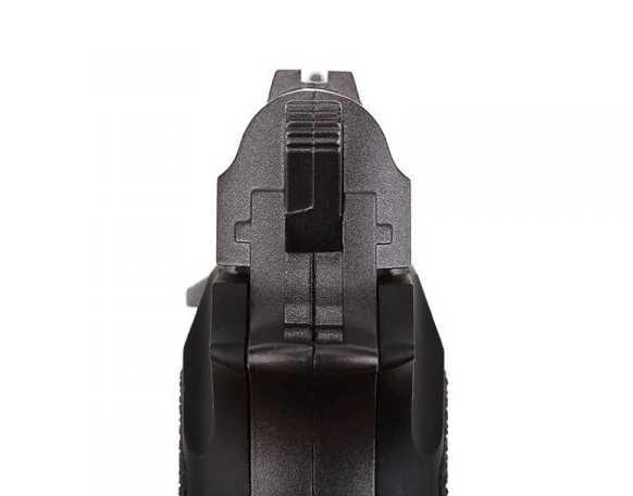 13)Swiss Arms P84