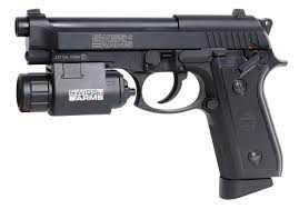 5)Пневматический пистолет Swiss Arms P 92