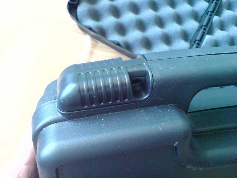 13)Пистолетные кейсы