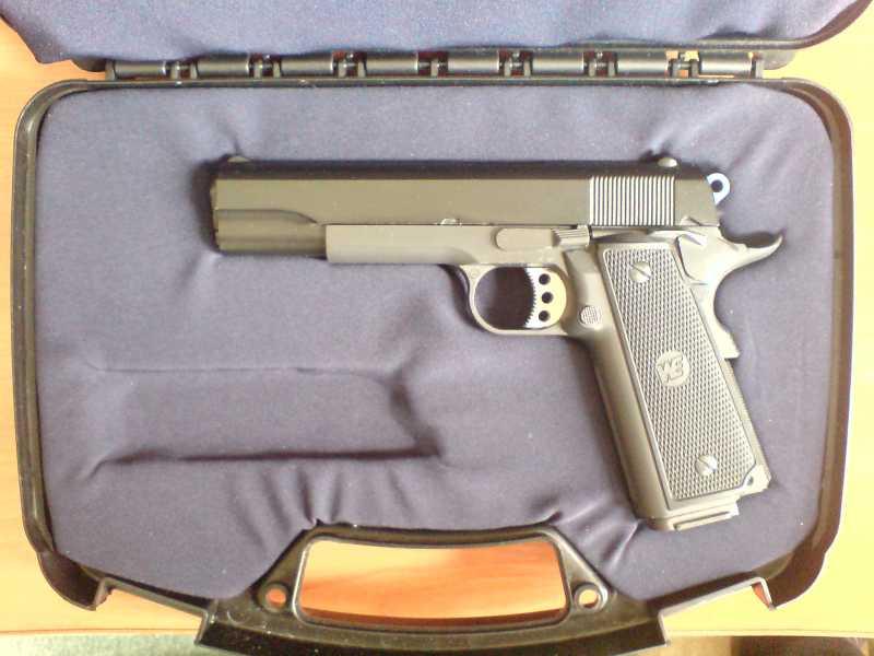19)Пистолетные кейсы