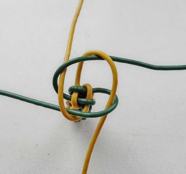 6)Некоторые особенности плетения темляков.