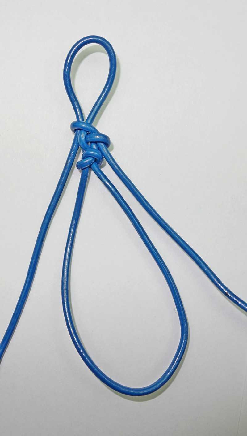 16)Некоторые особенности плетения темляков.