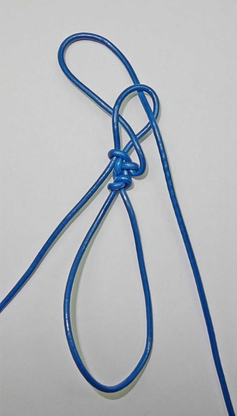 17)Некоторые особенности плетения темляков.