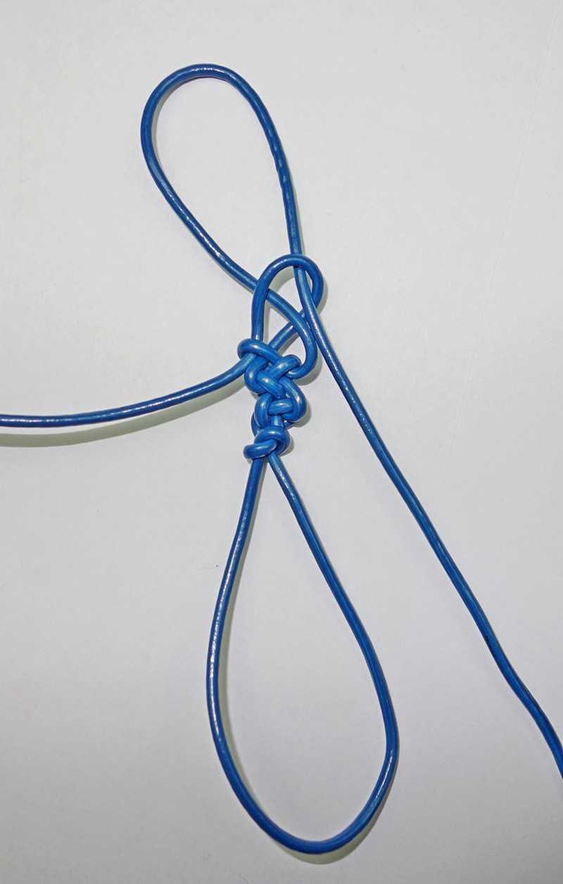 21)Некоторые особенности плетения темляков.