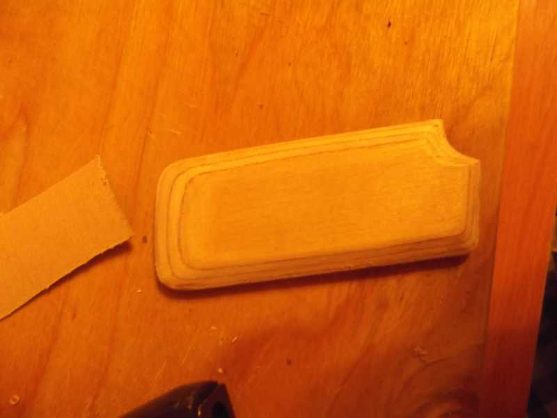 9)Щечка рукояти для Gletcher TT