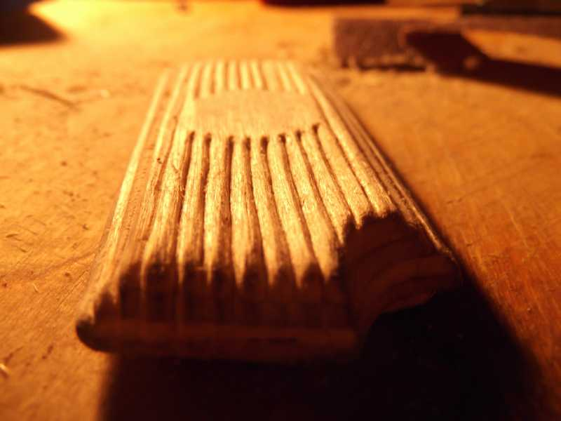 13)Щечка рукояти для Gletcher TT