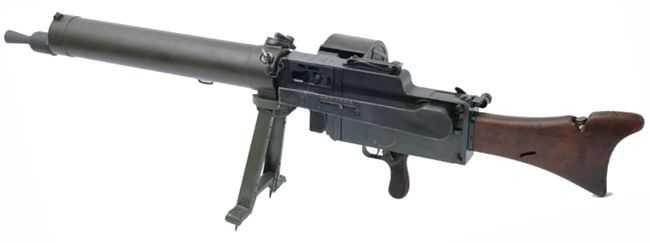 2)дальние родственники. Первые ручные пулеметы