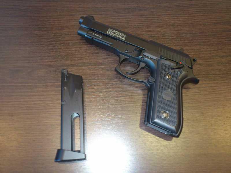 2)Обзор пистолета Swiss Arms P 92