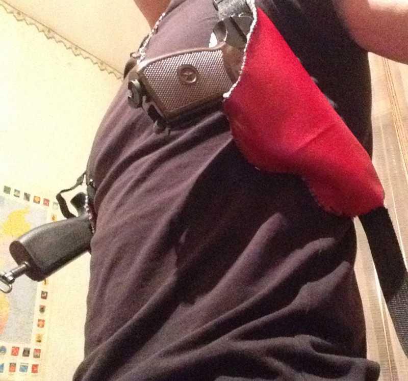 1)Кобура оперативная на два пистолета