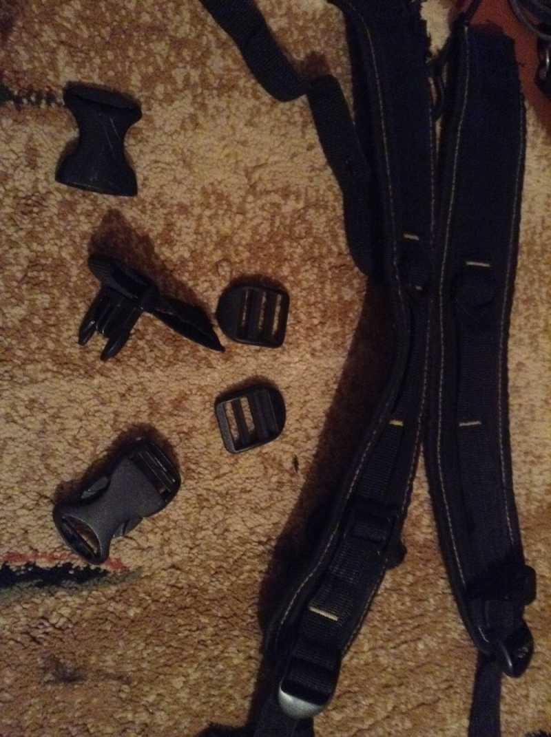 11)Кобура оперативная на два пистолета
