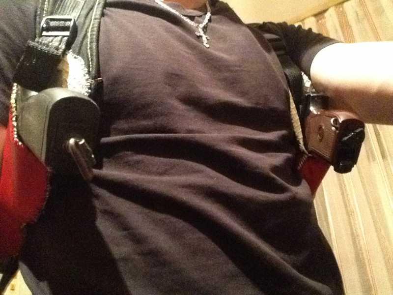 18)Кобура оперативная на два пистолета