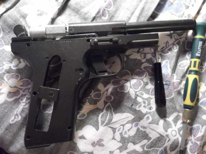 39)Полная/неполная разборка пистолета Gletcher TT NBB