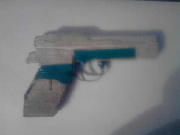 1)Пневматический пистолет Glether BRT 92 FS