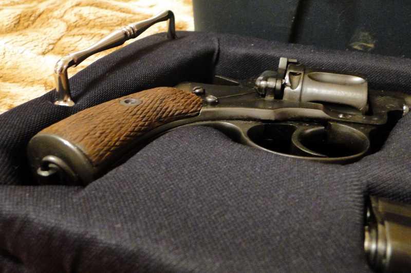 9)Кейс для 4-х пистолетов своими руками.