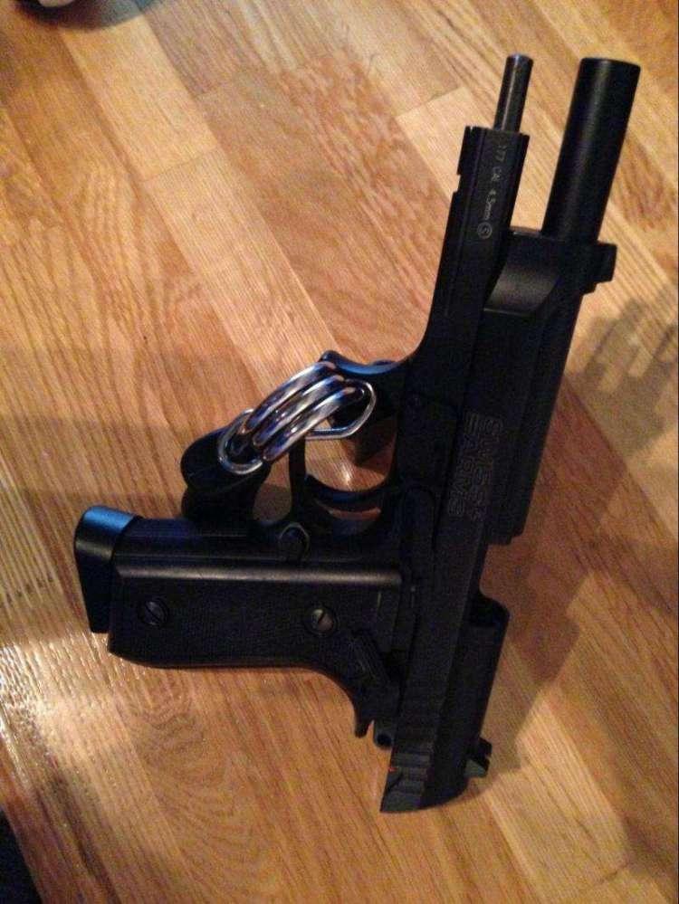 1)Обзор пневматического пистолета