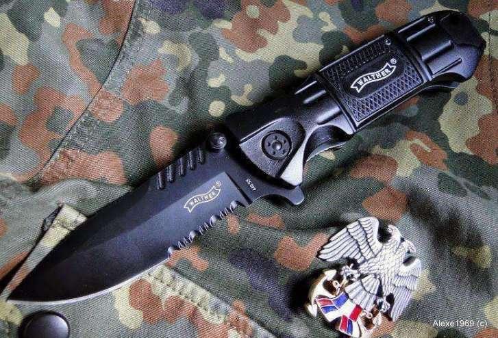 1)Складной нож WALTHER BLACK TAC - фотообзор.