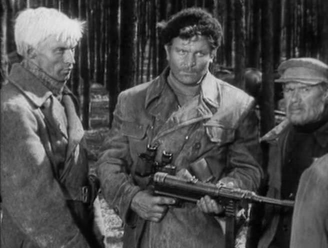 4)Пистолеты-пулеметы времён Великой Отечественной войны в киноиндустрии